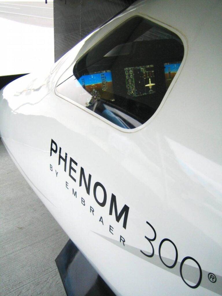 Phenom-300