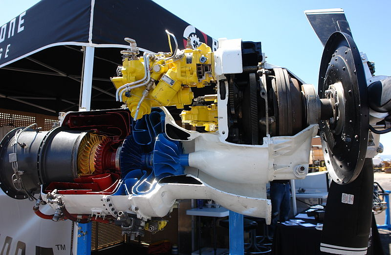 Outro motor turboélice em corte, esse parece ser maior.