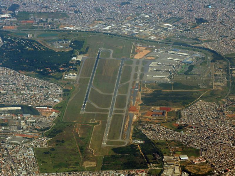 Pistas do aeroporto de Guarulhos pré 2014.