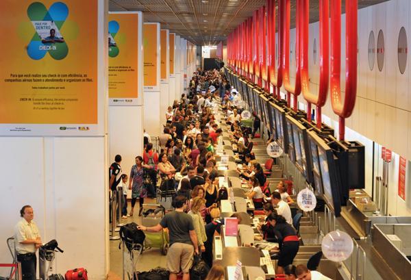 infraero_muda_calculo_e_aumenta_capacidade_dos_aeroportos_da_copa_2692011-151230-1