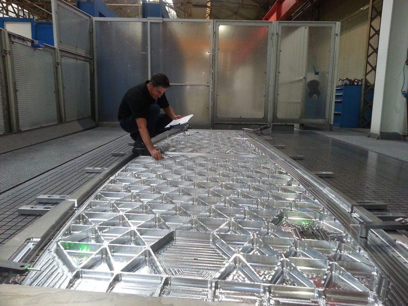 Caixa de asa do A330neo em fabricação.