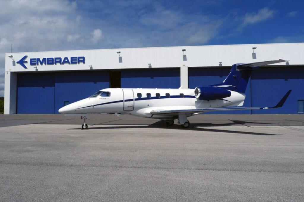 Phenom 300 na fábrica da Embraer na Flórida.