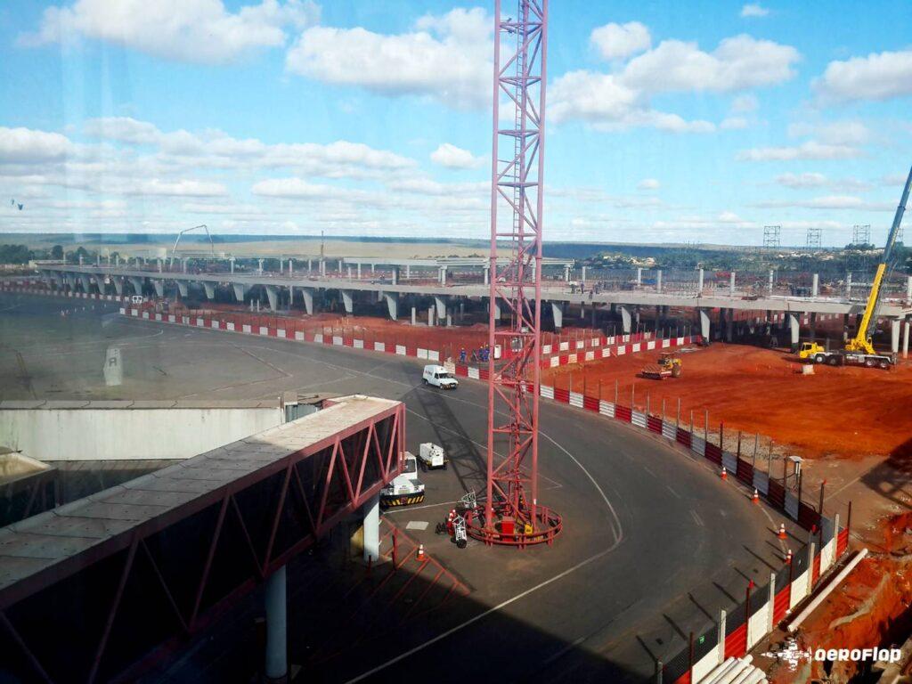 Início da construção do Pier Sul em 2013.