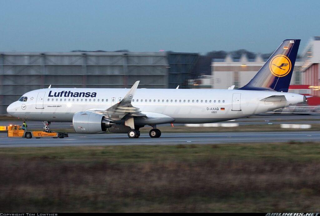 Primeiro A320neo da Lufthansa. Foto - Tom Lowther
