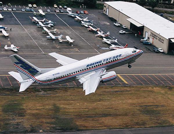 737-500 em testes...