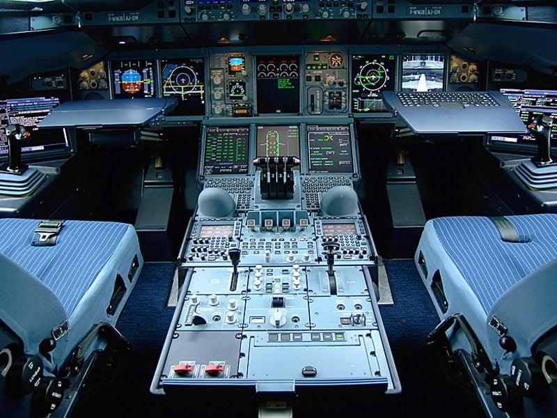 A380_Cockpit_2