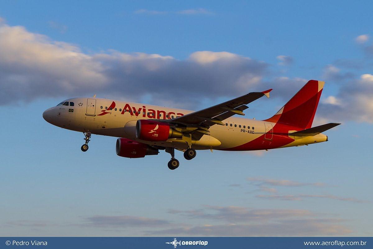 2a66db16ca A companhia aérea Avianca vem implementando um calendário de devoluções de  aeronaves e cancelamentos de voos.
