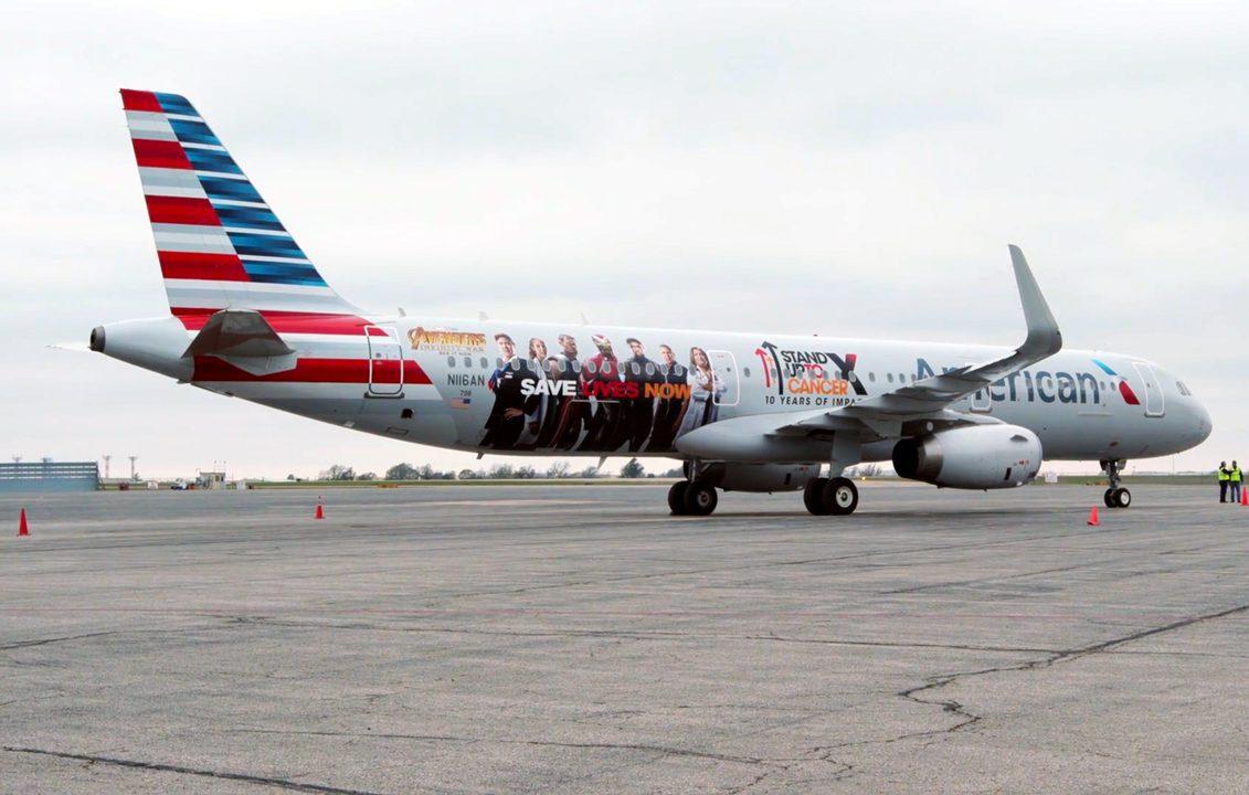 American Airlines Equipa Avi 227 O Com Pintura Do Filme Os