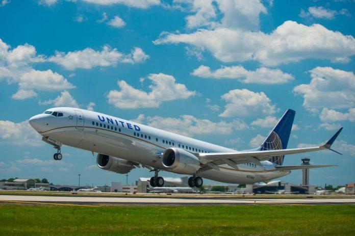 United Boeing 737 MAX