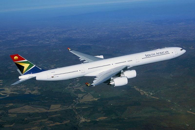 Airbus A340 da South African Airways faz escala no Brasil para ...