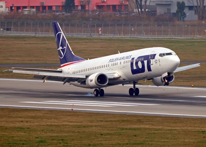 Boeing 737 LOT Airlines Total
