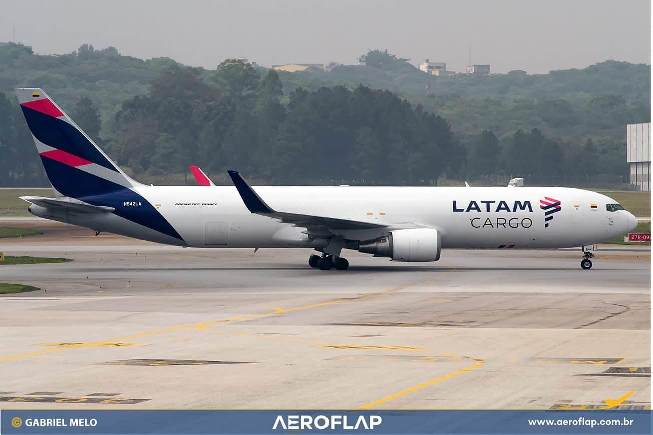 LATAM Airlines Cargo Boeing 767-300