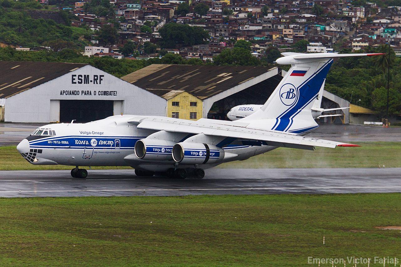 Ilyushin Il-76 Volga-Dnepr Rússia Recife