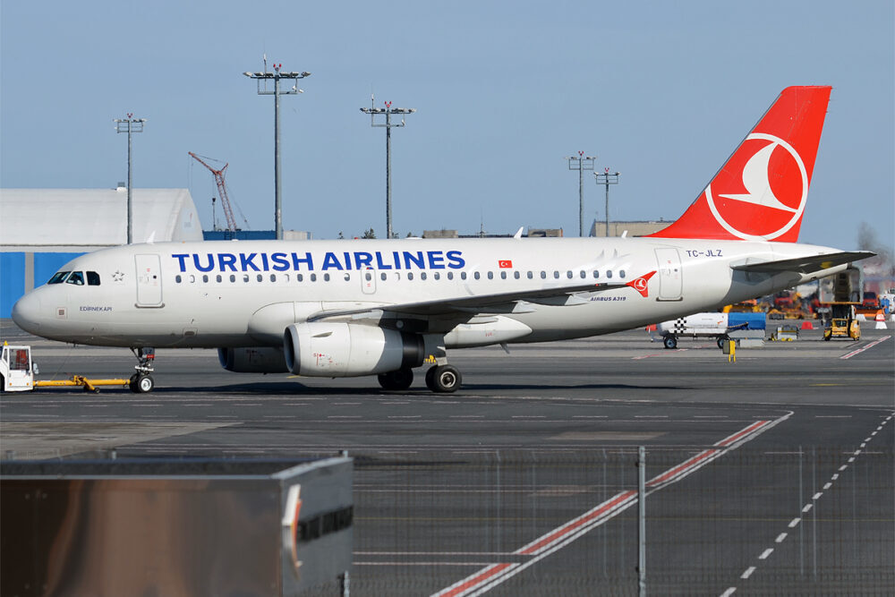 Airbus A319 Turkish