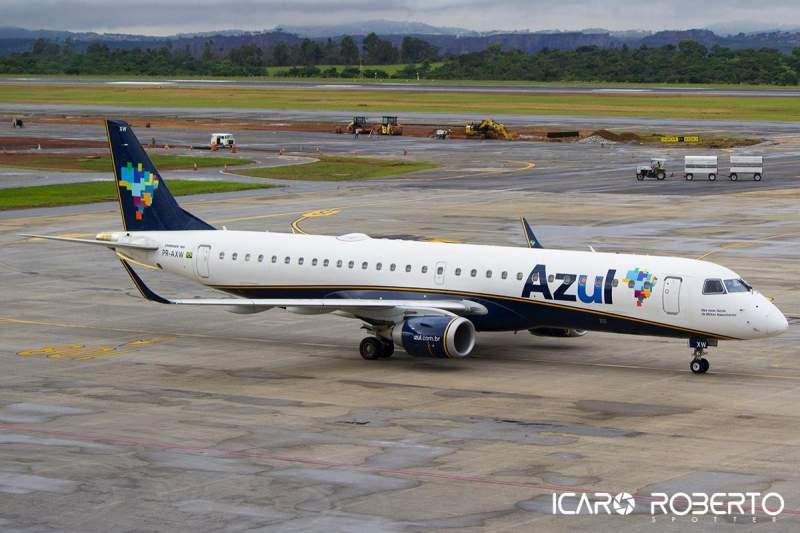 Azul Embraer E195